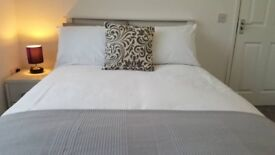 En suite rooms available - Spring Bank West