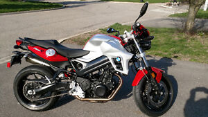 BMW F800Roadster for sale.