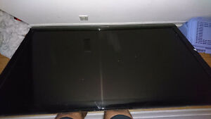 60 inch sharp aquoas TV. Screen broke