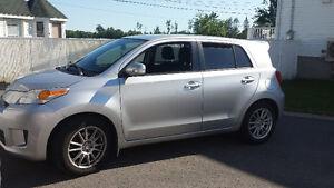 Toyota Scion 2011 à vendre