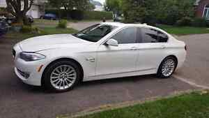 Bmw 535xi 2011 Mint white on red
