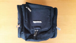 Toiletry bag / Cosmetic Bag / Travel Kit