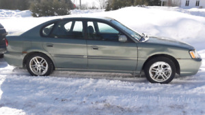 2004 Subaru legacy l automatique