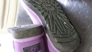 UGG boots fit sz 8..they are sz 7...mint Kitchener / Waterloo Kitchener Area image 6