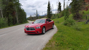 2012 Dodge Charger SXT Fully loaded