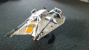 Reduced price. Lego star wars collectors snow speeder