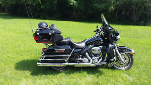 HD ELECTRA ULTRA GLIDE CLASSIC- MINT CONDITION ONE OWNER