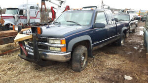 FOR PARTS CHEV 2500 4X4
