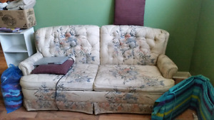Fold out couch & chair