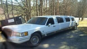 1993 Lincoln Town Car limousine Other