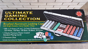 POKER SET THE ULTIMATE GAMING COLLECTION