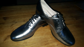 fab32273939 Brand New Clarks Brogues shoes size 7