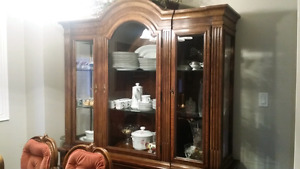 Dining Room set with 6 chairs