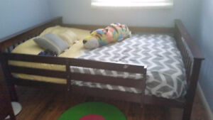 King bed to give out - Mississauga