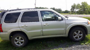 2005 Mazda Tribute SUV, Crossover