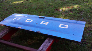 Tailgate off 1989 Ford f-150