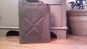 JEEP/MILITARY GAS CAN/ 20-5-5/U.S./ALL ORIGINAL/fromWWII