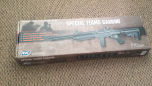 Kc02 new in box comesxwith gas can adaptor kit