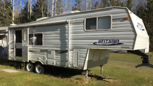 2004 Westwind 24.5 ft Fifth Wheel