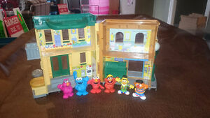 Sesame Street Little People Set London Ontario image 2
