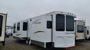Special Just Arrived 2011 Heartland  46 ft bunk house