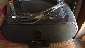 Sony radio/iPod dock/CD player