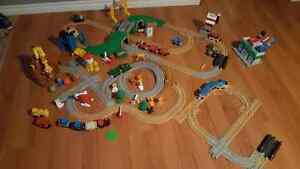 GeoTrax over 3 sets great for Christmas