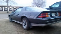 1982 Chevrolet Camaro Z28 RARE T-Tops - Drives Excellent