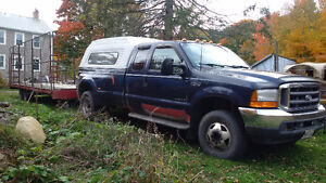 2001 Ford F350 Lariat dually Pickup Truck