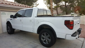 2014 Ford F-150 FX4, Lift, 35s + more
