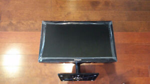 TV/Computer Monitor for Sale