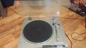 SONY PS-LX210 TURNTABLE RECORD PLAYER