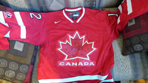 2010 Team Canada Jarome Iginla olympic jersey (Small)