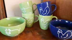 6 Piece Cows and Rooster Mugs and Bowls Solid Colours Mint