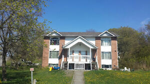 Beautiful 2-Bedroom Unit, Parry Sound