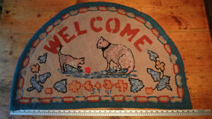Folk Art Hooked Rug  (36x23) West Island Greater Montréal image 1