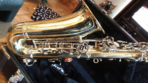 Selmer ARISTOCRAT AS600 Saxophone