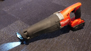 Milwaukee M18 FUEL Cordless Reciprocating SAWZALL (2720-20)