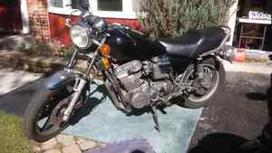 1981 yamaha xs850 SH 60k km. Runs rough