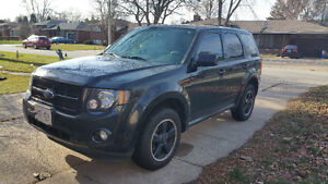 2011 Ford Escape XLT /SPORT APPEARANCE PACKAGE, SUV, Crossover