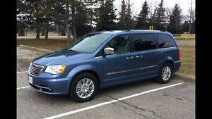 SOLD  2009 Chrysler Town & Country Limited