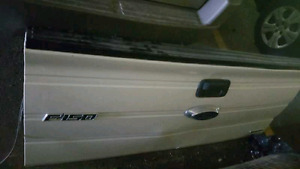 09-14 Ford Tailgate