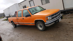 Looking for a 4wd parts truck