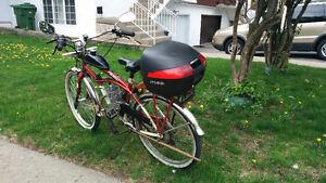 Motorized bike/ Vélo à moteur  $450