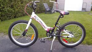 """Vélo 20"""" fille"""