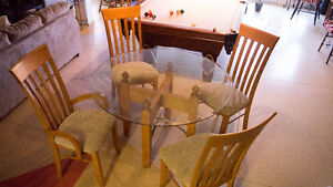 Glass Pedestal Dinning Table and 4 chairs London Ontario image 1