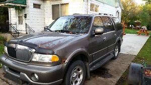 2001 Lincoln Navigator SUV, Crossover West Island Greater Montréal image 4