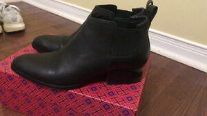 Alexander Wang black ankle boots (7.5)