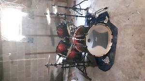 Mapex armory drum with brand new cymbals