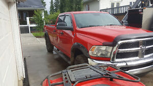 Still on warranty 2013 Dodge Ram 3500 SLT Diesel Long Box